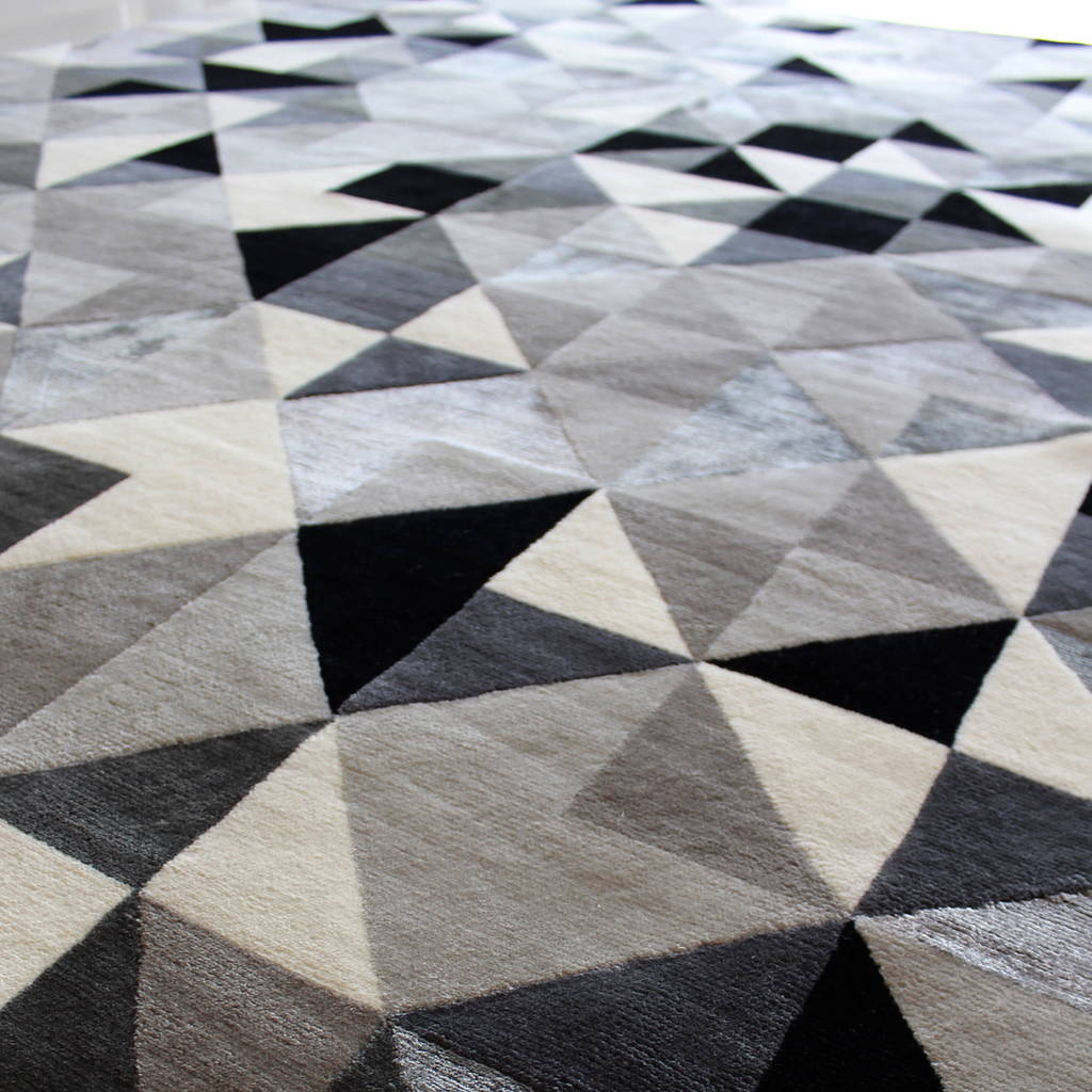 Geometric Diamond Grey Blog Post The Rug Establishment